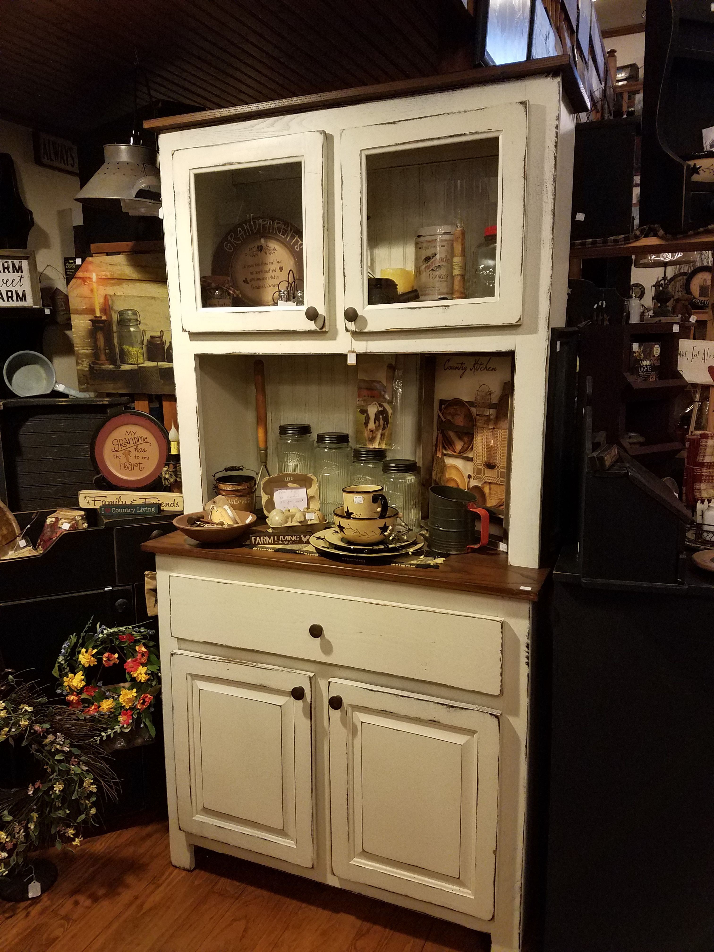 Farmhouse Cabinet Ms Becky S Carries Several Different Cabinets Check Them Out On Her Facebook Page Antique Kitchen Decor Kitchen Decor Farmhouse Cabinets