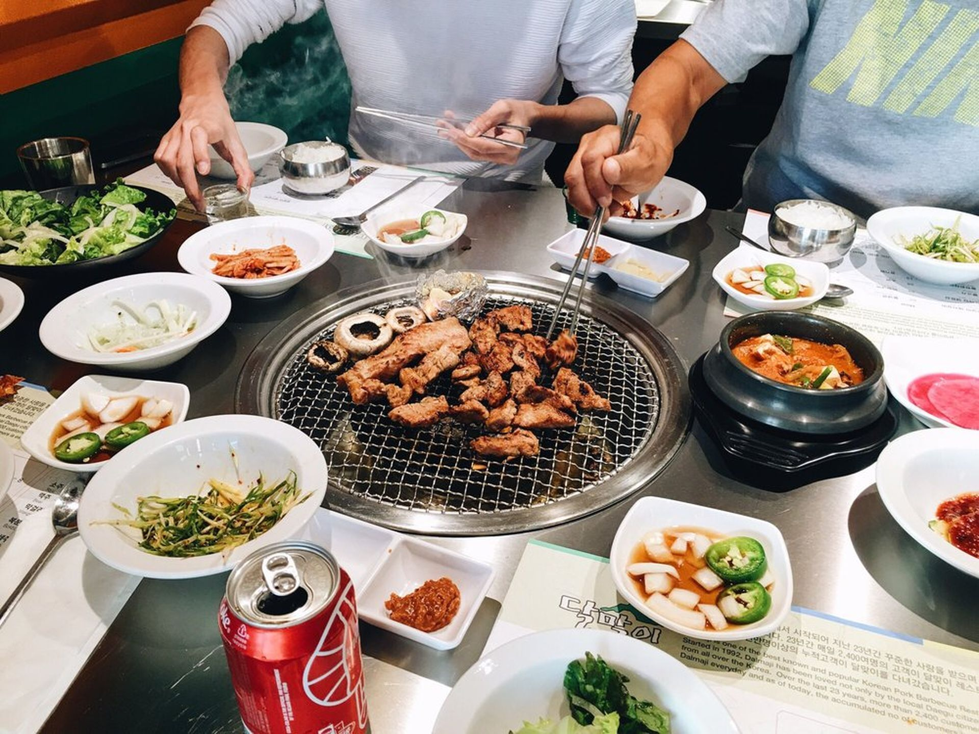 The Hottest Korean Barbecue Restaurants In Los Angeles Summer 2016 Barbecue Restaurant Korean Barbecue Korean Bbq Restaurant