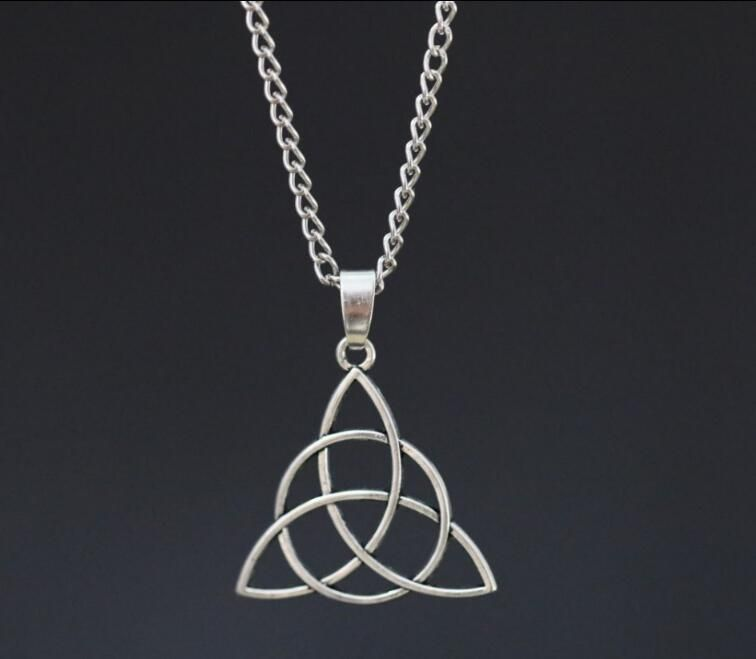 1pcs Christian Trinity Symbol Knot Necklace Ancient Silver Charms