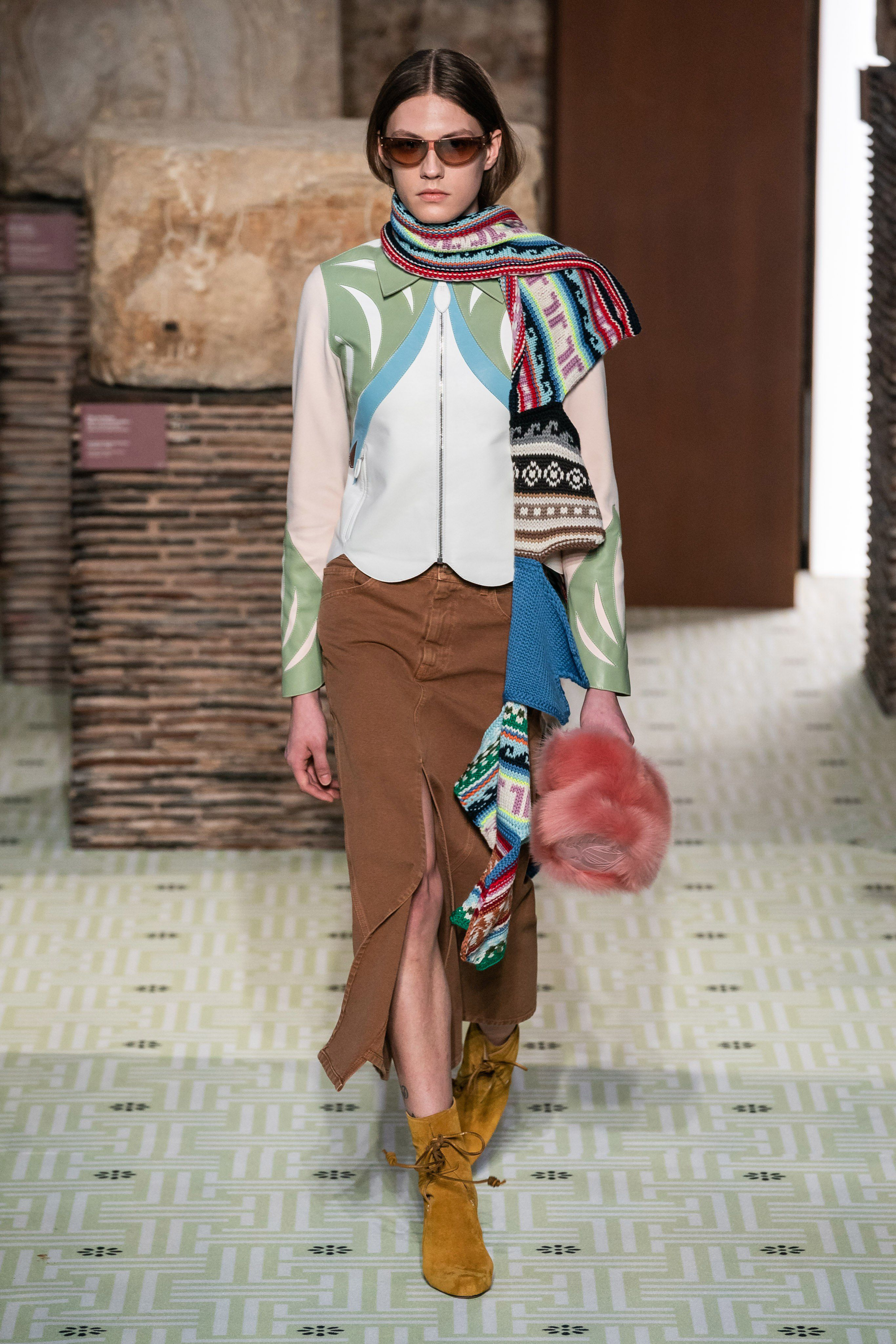 Lanvin Fall 2019 Ready To Wear Fashion Show Collection See The Complete Lanvin Fall 2019 Ready To Wear Fashion Leggings Fashion