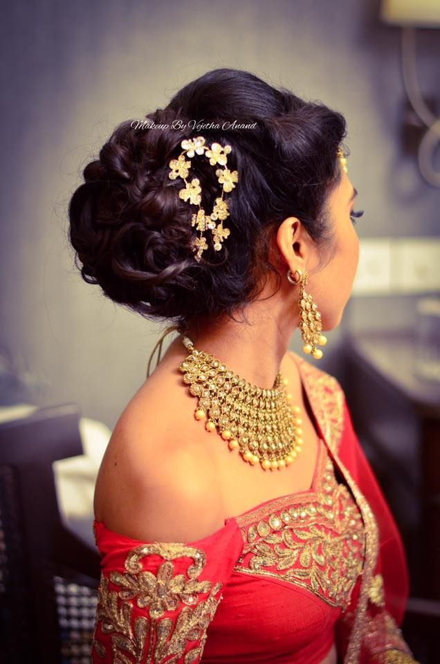 Indian Bride S Reception Hairstyle By Vejetha For Swank Studio Bridal Updo Bridal Lehenga Hair Acces Indian Bridal Hairstyles Lehenga Hairstyles Hair Styles