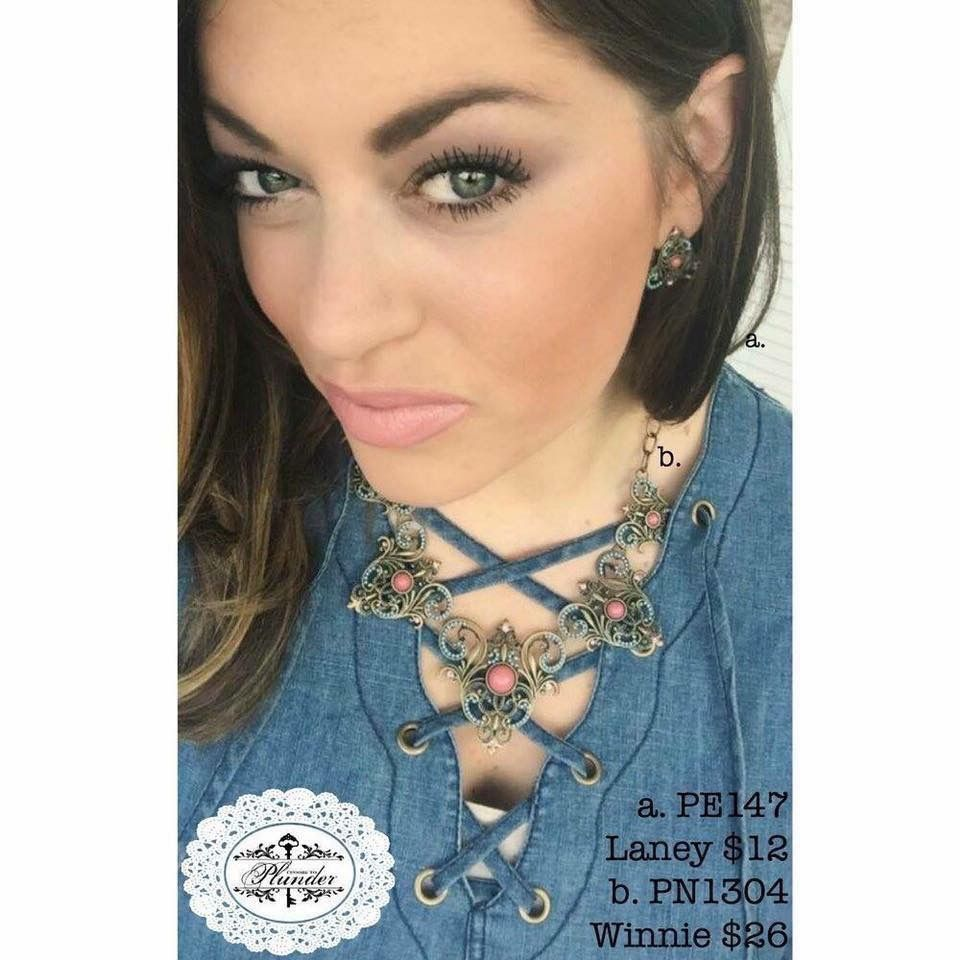 60883dba127 I love this Vintage Victorian necklace with the matching stud earrings!  Simple look but bold statement! #plunderdesign #vintage #jewelry #fashion # style ...