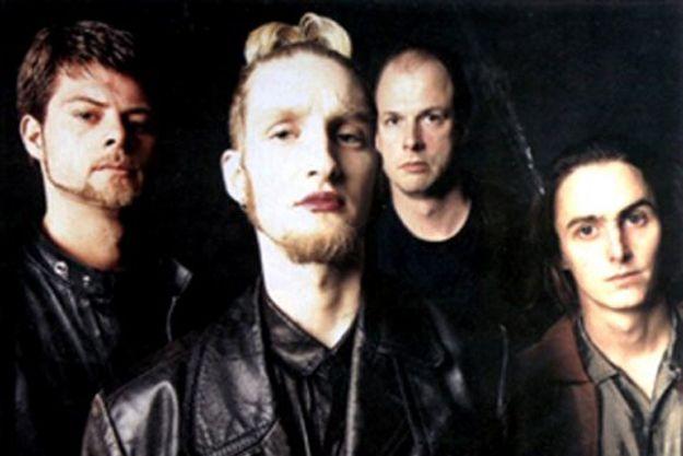 Mike McCready Drafting Singers for Unreleased Mad Season Album | Mad  season, Grunge music, Seattle music