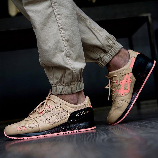www.sneakers76.com SNEAKER FREAKER X
