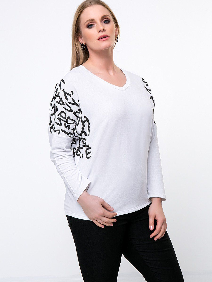 Casual trendy vneck letters batwing sleeve plus size t