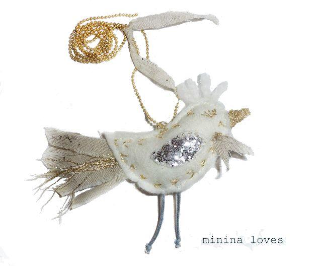 minina loves