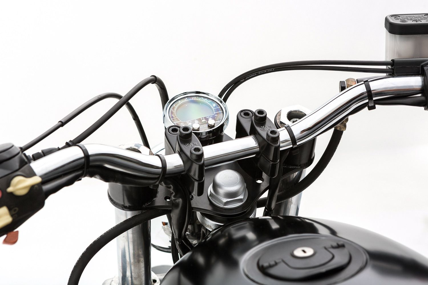 BMW-R65-Motorcycle-8