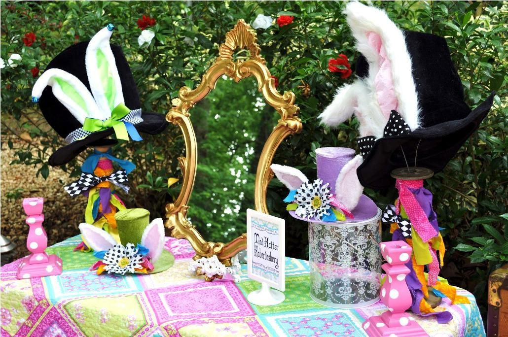 Alice In Wonderland Party Decorations Mad Hatter Facebook Twitter Google Stumbleupon Email