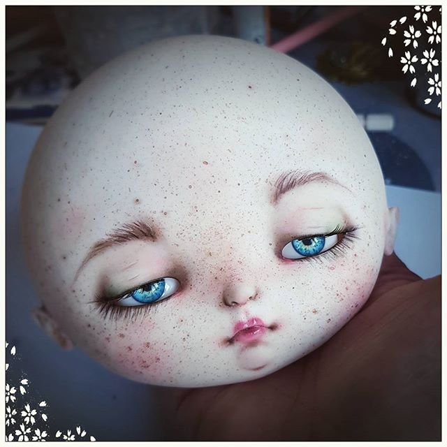Commission faceup full of freckles on heartstrung Bulbi by @amaleina ...