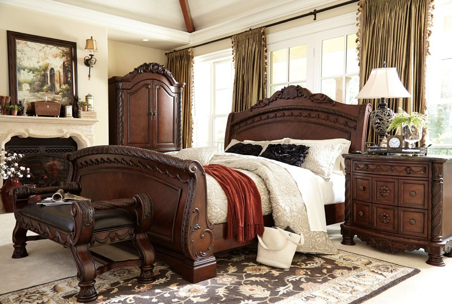 The impressive sleigh bed pictured w/ bedside bench