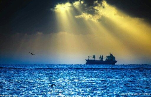 The Ship Port Sudan السفينة بورتسودان By Sharaf Magzoub Sudan Portsudan Redsea Ship Red Sea Photo Natural Landmarks