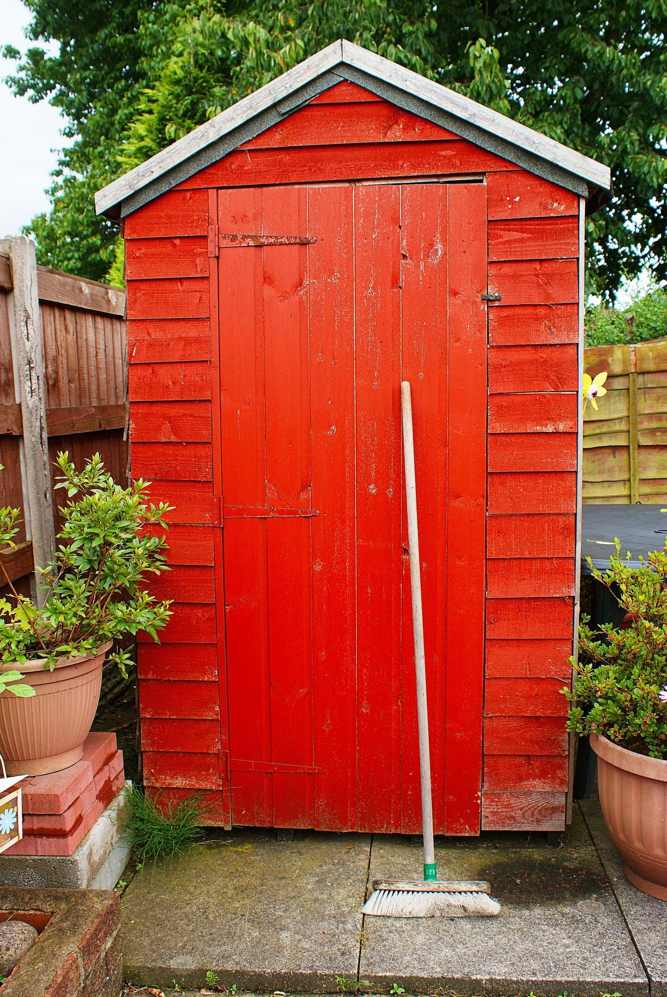 Finding the best shed plans to download shed outdoor