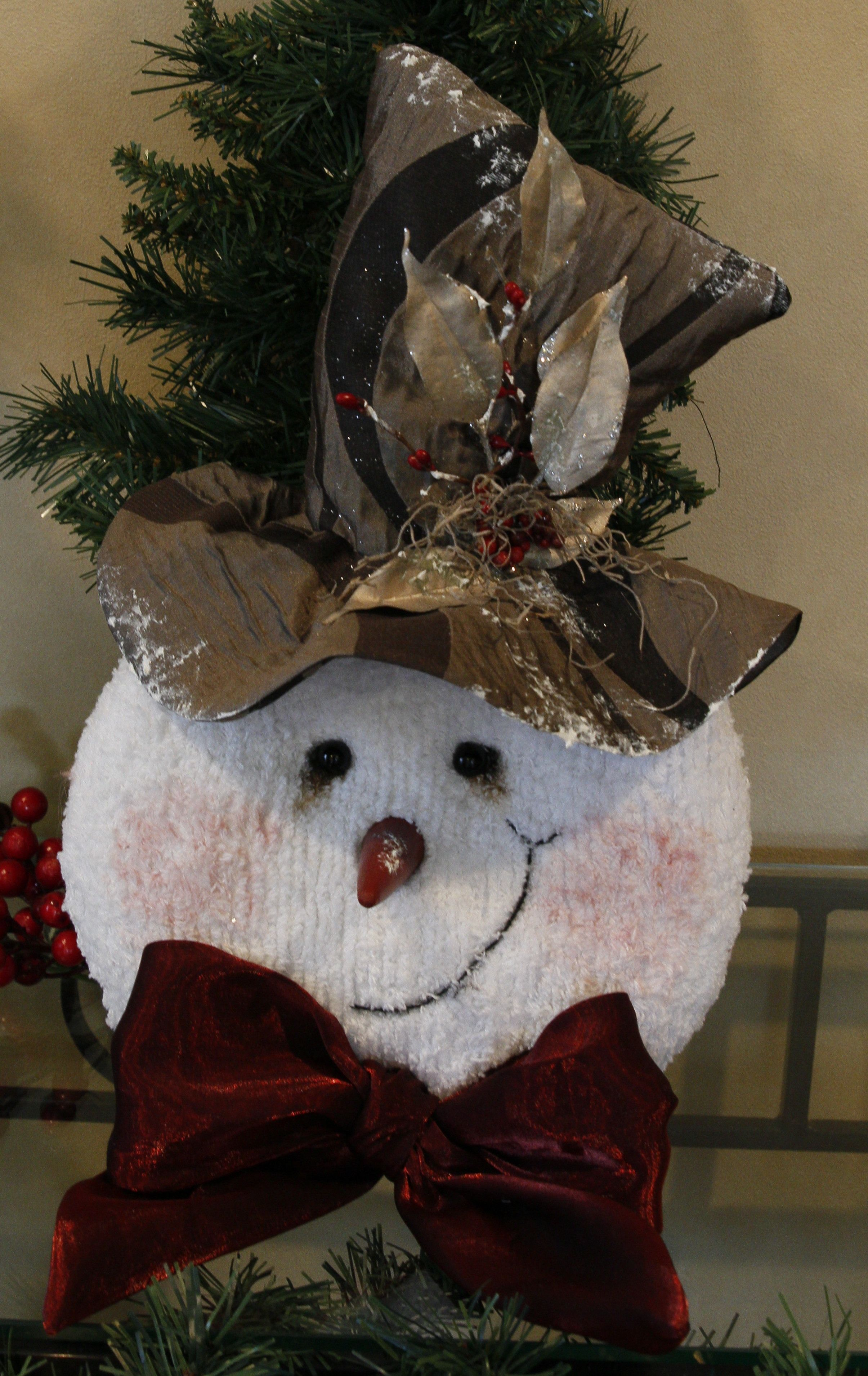 Snowman face ornament - Snowman Face Wallhanging By Thechristmasden On Etsy