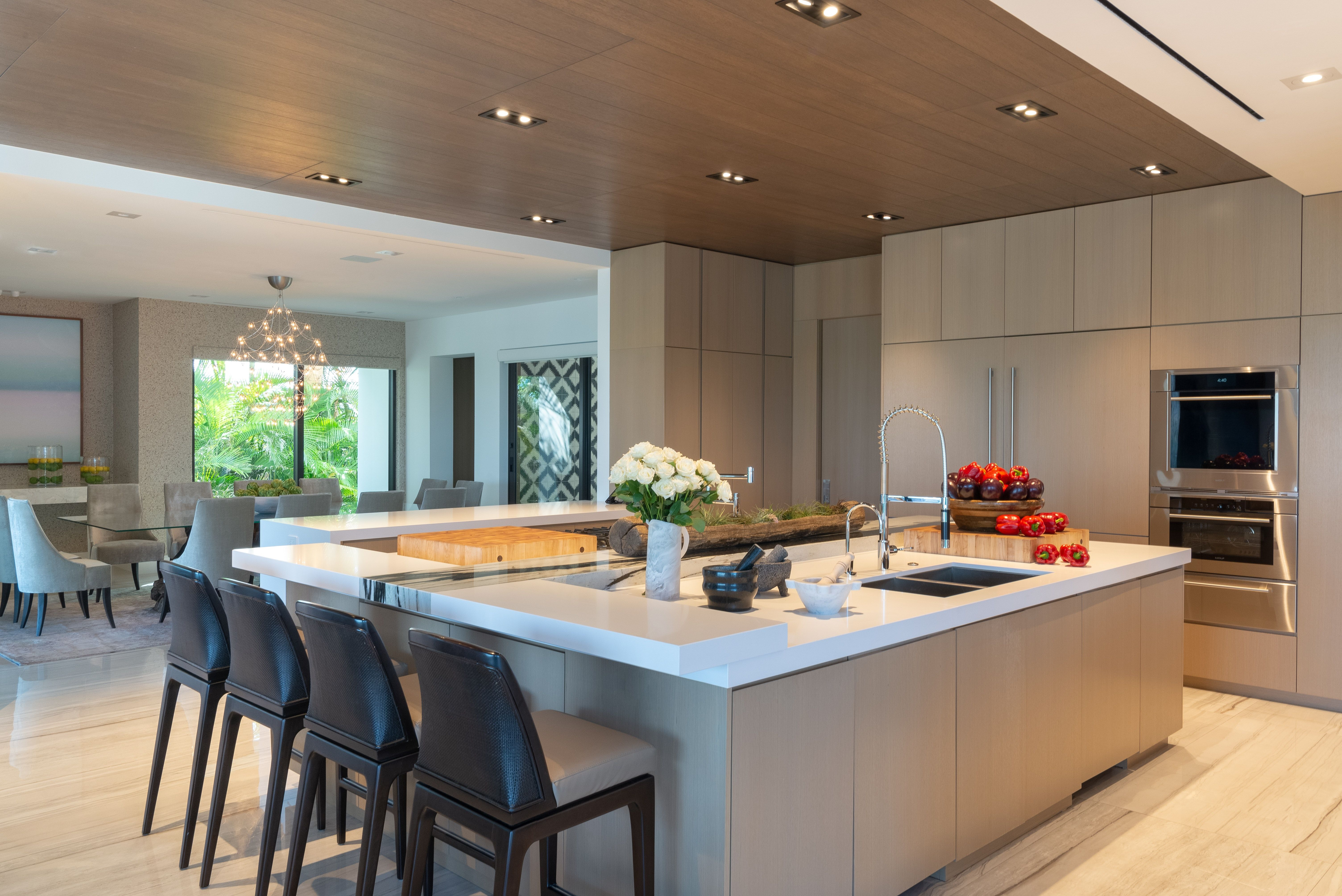 Contemporary Oceanfront Miami Home Endless Seating In This Open Kitchen Design In 2020 Kitchen Design Open Miami Houses Interior Design Kitchen