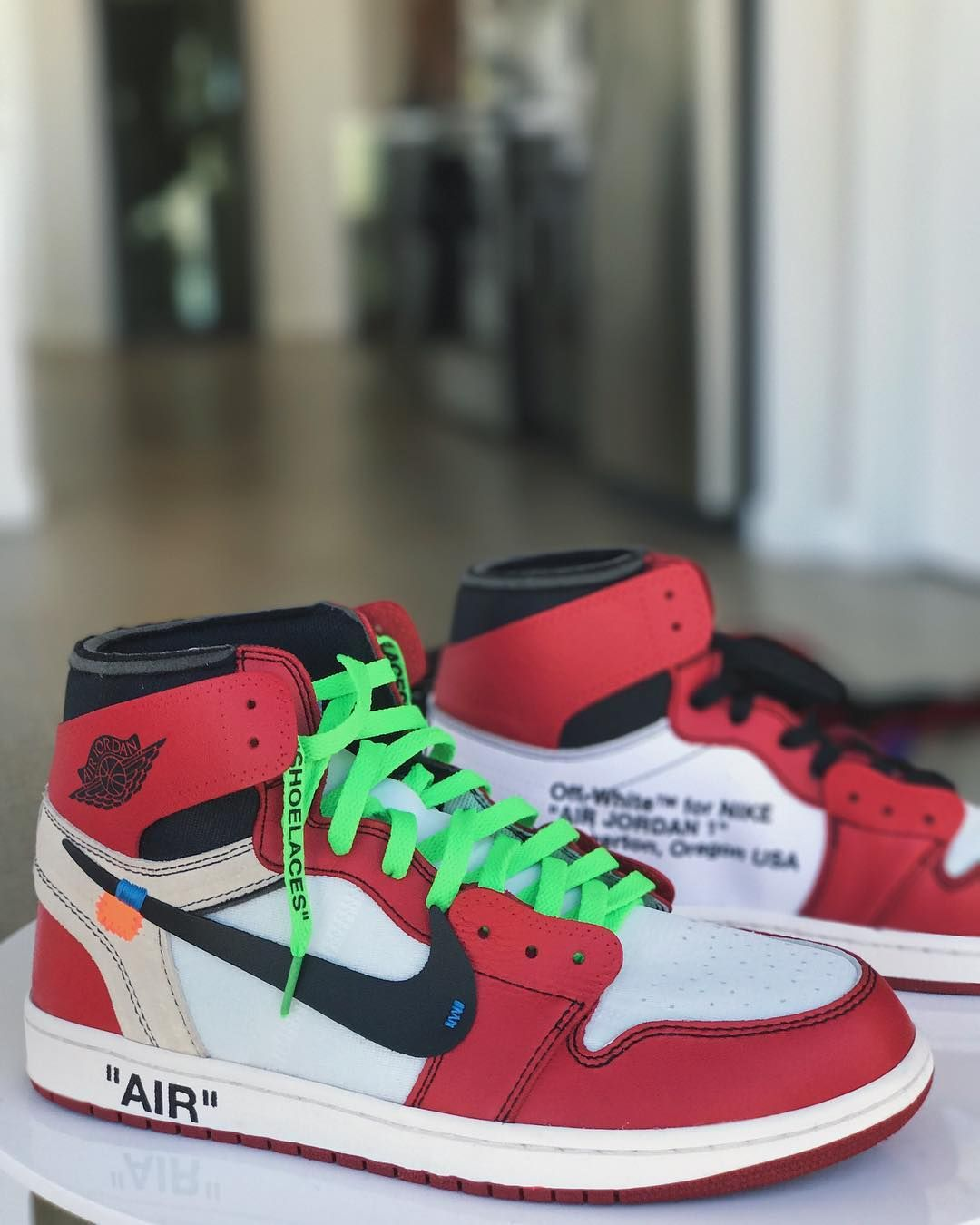 a99ec32077df0 Air Jordan 1 x OFF-WHITE c o Virgil Abloh (Chicago)