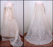 Vintage Bridal Orig White Scallop Lace Silk Tulle Sequin LS Wedding Gown Train