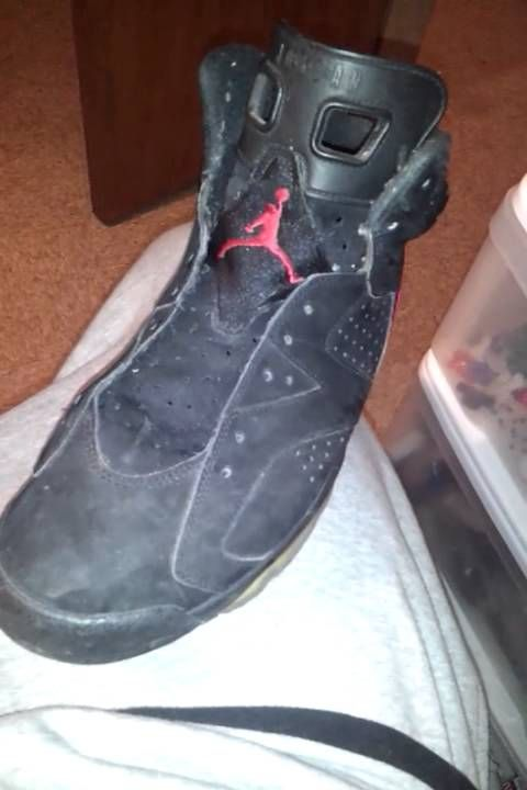 Can You Wash Suede Shoes With Soap And Water Wear A Shoe With Suede After A While It Fade It Is Normal Raining Sunlight And More Fades Suede But Do Not Worry W Nike Air Jordan Shoes Shoe Repair Up