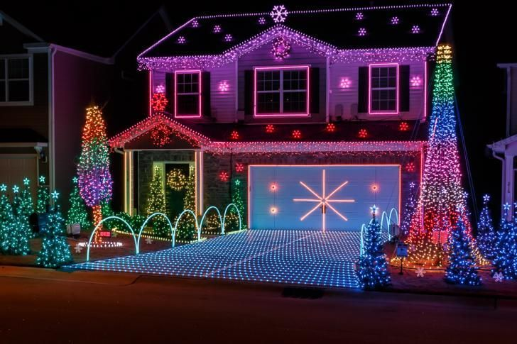 Best Christmas Lights Raleigh Map Wral Com Exterior Christmas Lights Christmas Light Displays Christmas Decorations For The Home