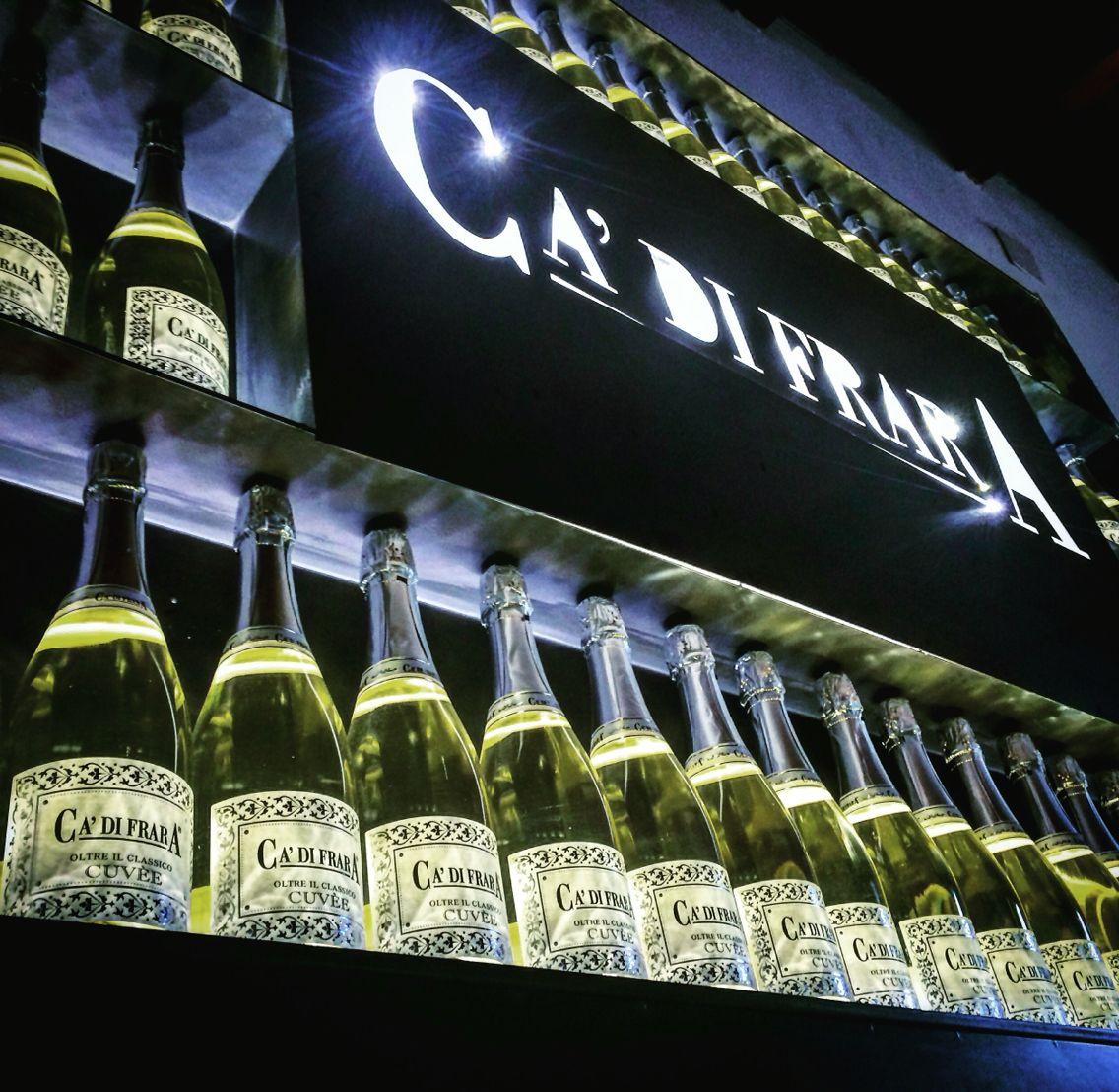 Il #vino dona allegria creando emozioni !  #cuvèe #cadifrara #spumante #metodoclassico #champenoise #pinotnero #chardonnay #oltrepò #oltrepòpavese #mornicolosana #lombardia #lombardiadavedere #destinazioneoltrepò #belloberebene