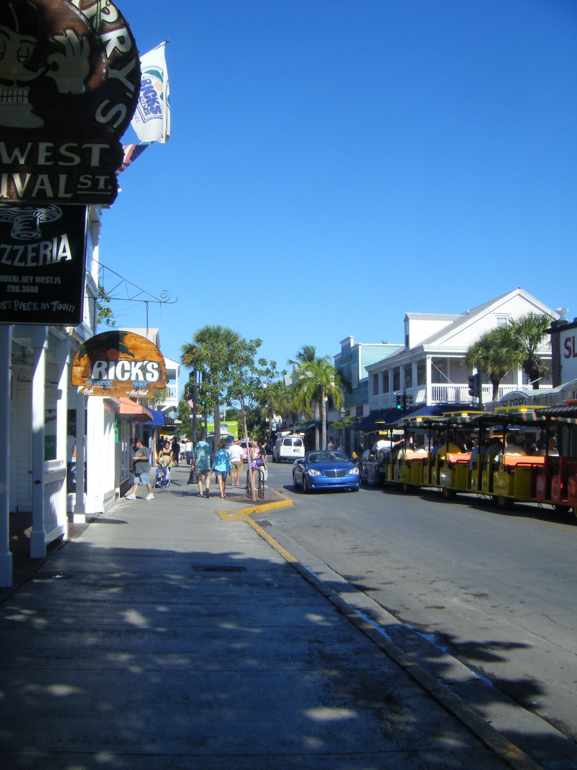 Lower Duval Street Key West Walked That Street So Often And Drove It In Our Electric Car Such Good Memories Mr Key West Key West Fl Favorite Places