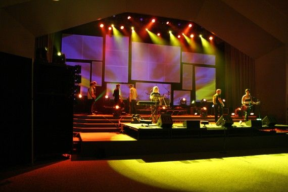 Multi Screen Projection by Steven Hall from Northland Church in Longwood, Florida