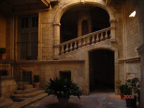 Cour interieur maison de maitre Montpellier Dream Homes - France