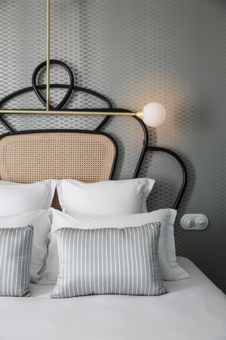 Get The Look L Esprit Neo Art Deco De Dorothee Meilichzon Art Deco Pour Chambre Decoration Interieure Meubles Art Deco