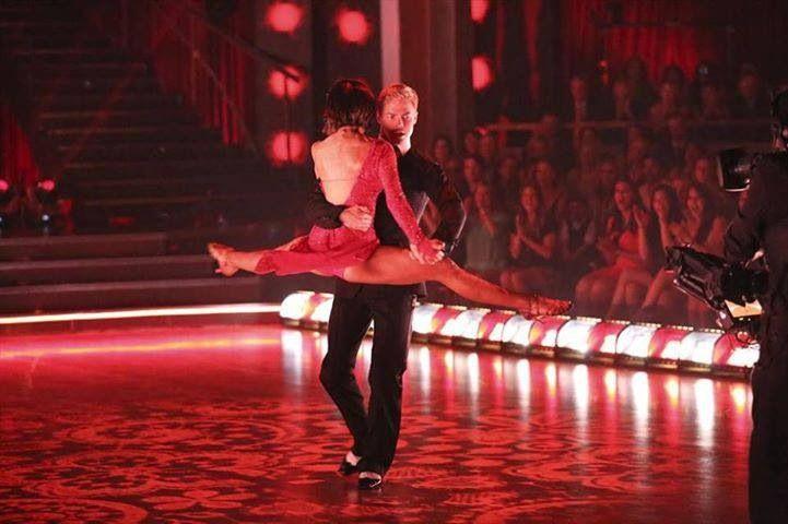 Kellie Pickler Legs Kellie Pickler resumes music, considers - dance resumeresume prime