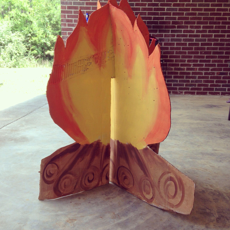 2014 VBS Cross Canyon Trails 2D Cardboard Campfire
