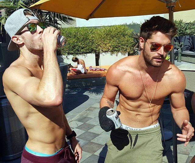 rapideyesmovement   Nick bateman, Male body, Perfect man