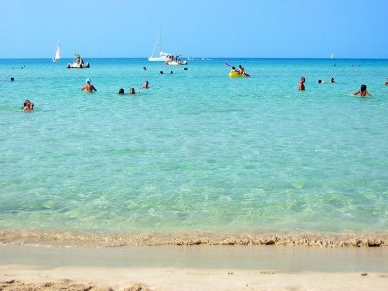 You think this is the caribbean. NOT. The beach ast San Vito Lo Capo, Sicily. One of the best beachs I have ever been on.
