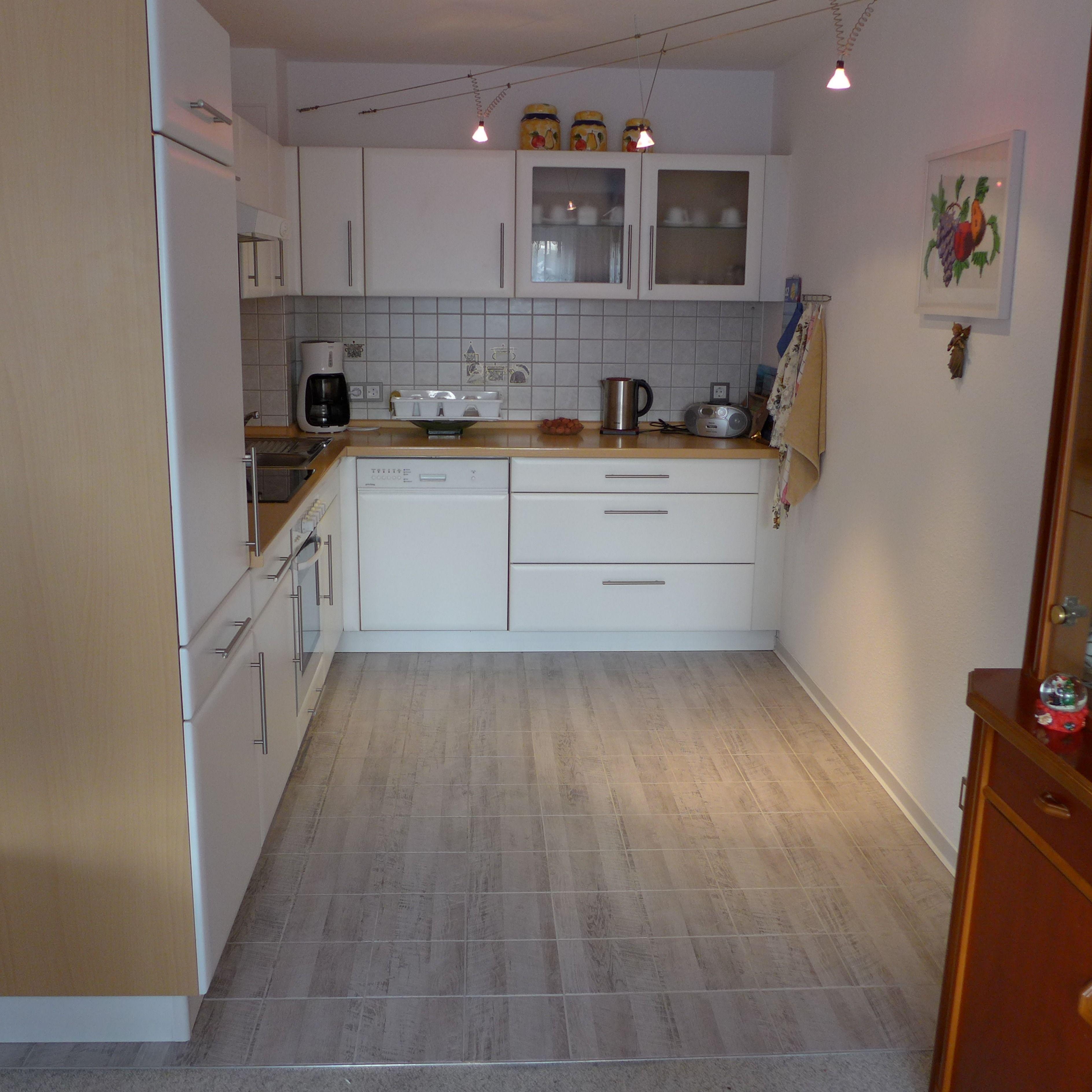 Fliesen Folieren Küchenboden Küche aufwerten