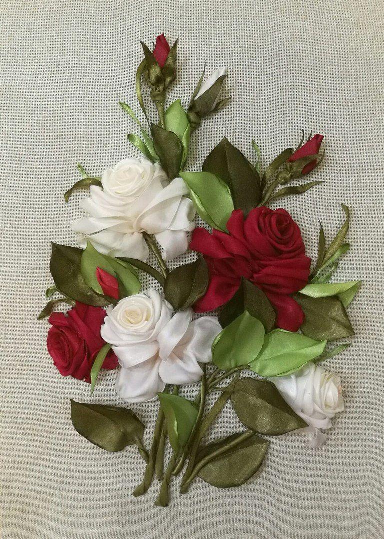 Букет роз на открытке из ленточки