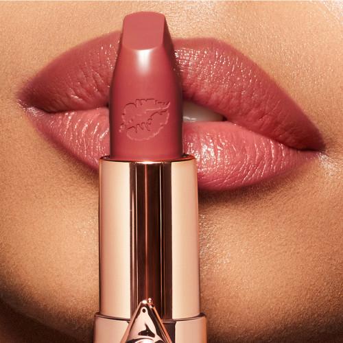 Photo of Luscious lip slick – glowing jen