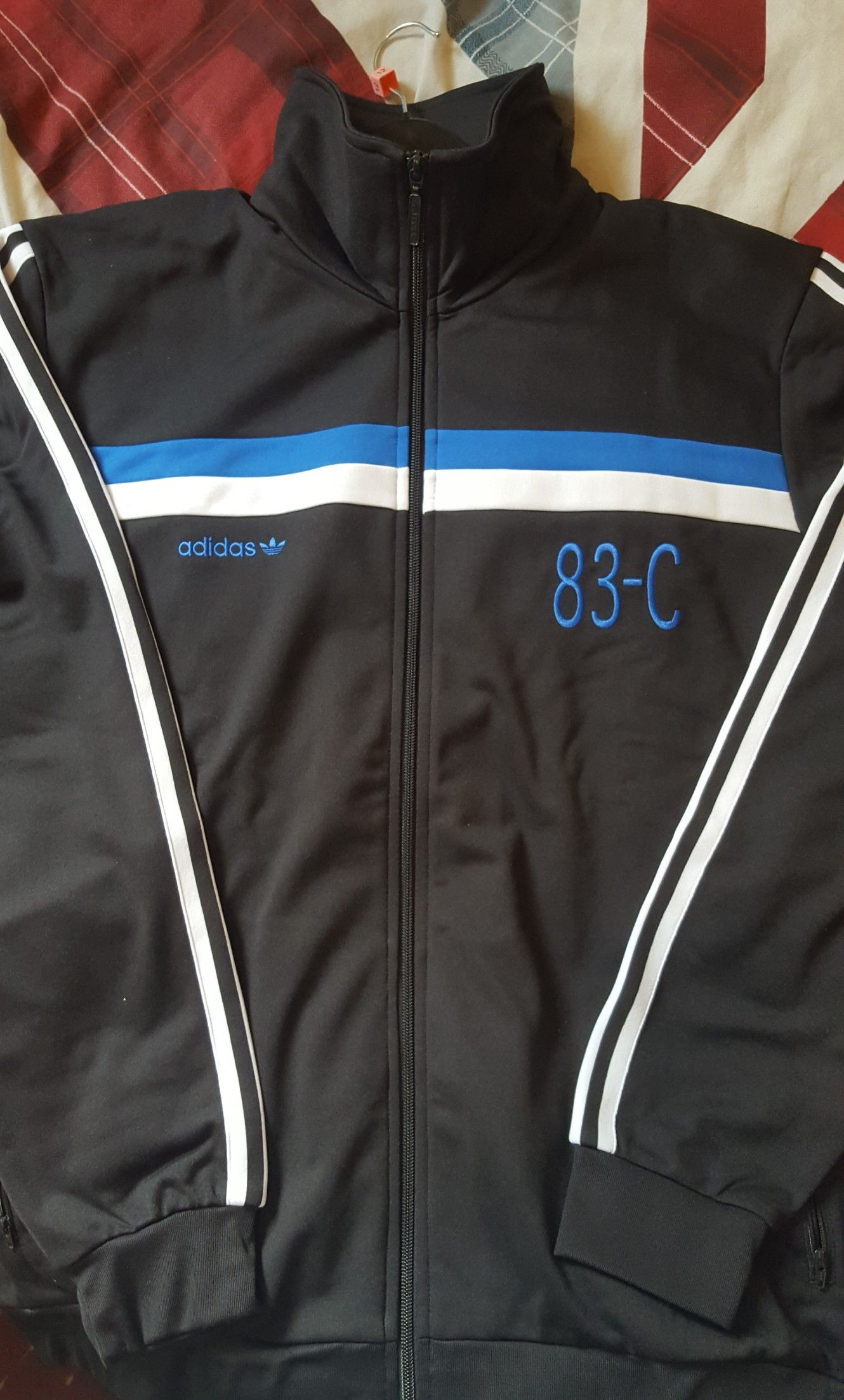 Adidas 83 C Track Top Asos Affare 24 In Vendita Asos Top Adidas Figo 1a81c1