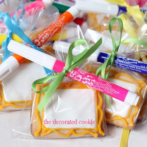 A Kid S Art Party Favors Canvas Cookies With Edible Writers The Decorated Cookie