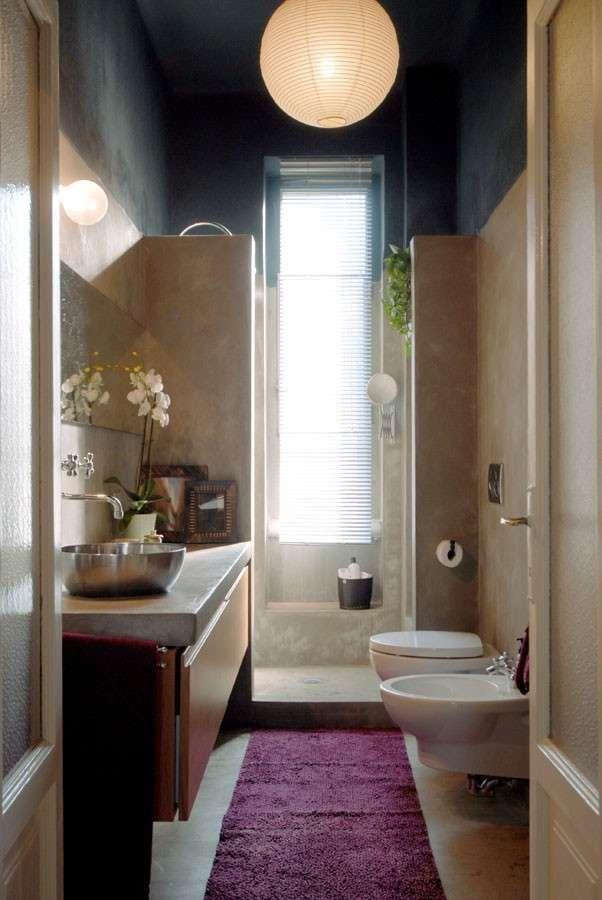 Arredare un bagno piccolo - Bagno piccolo e stretto | Lavanderia e ...