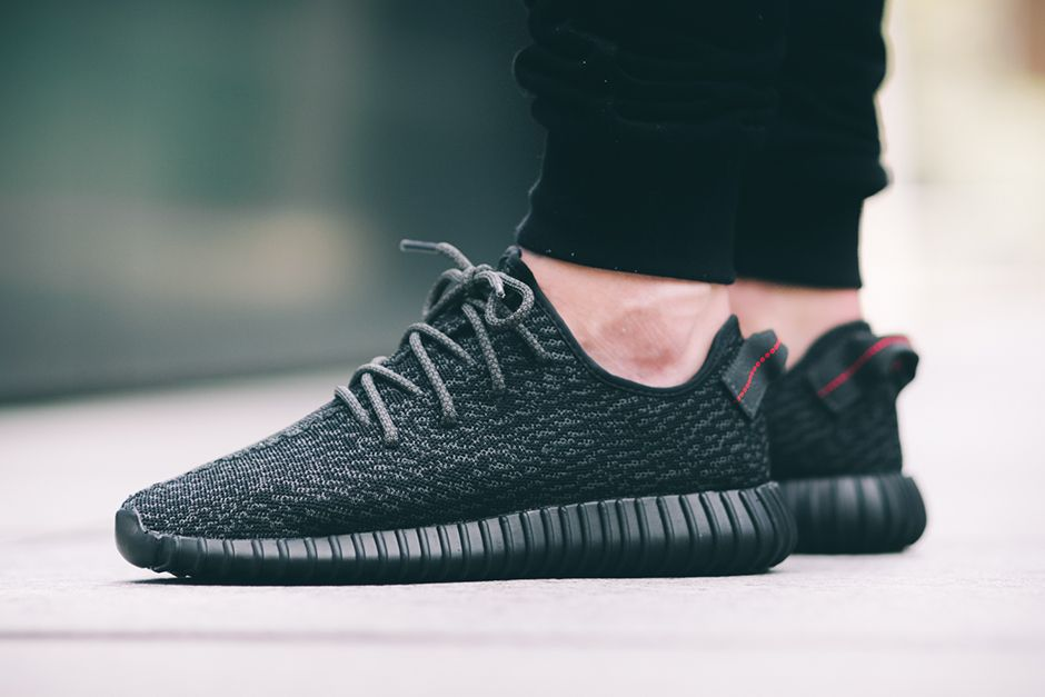 Womens Adidas yeezy 350 boost v2 black/white for sale Luca Beel