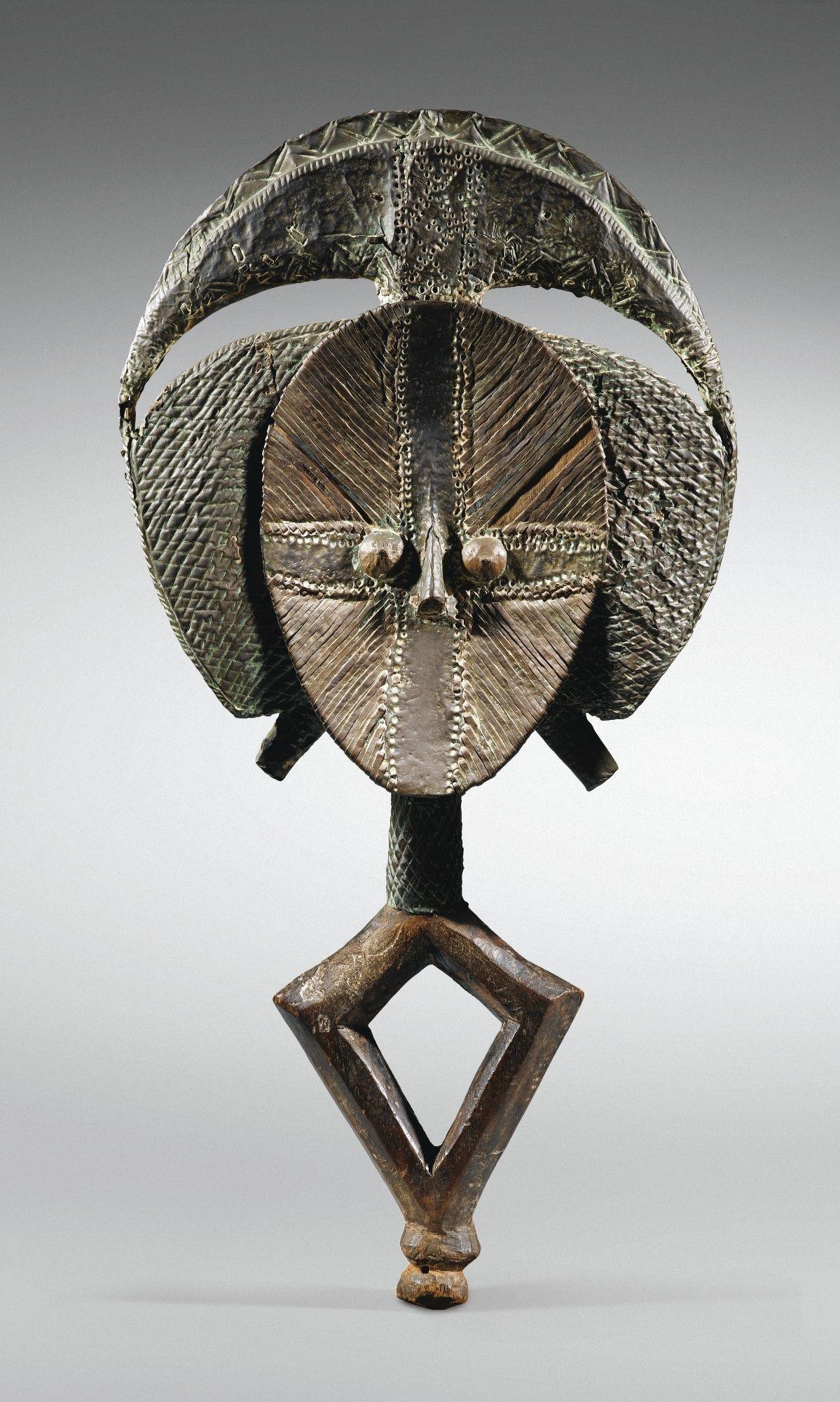 Figure de reliquaire, Kota, Gabon | lot | Sotheby's
