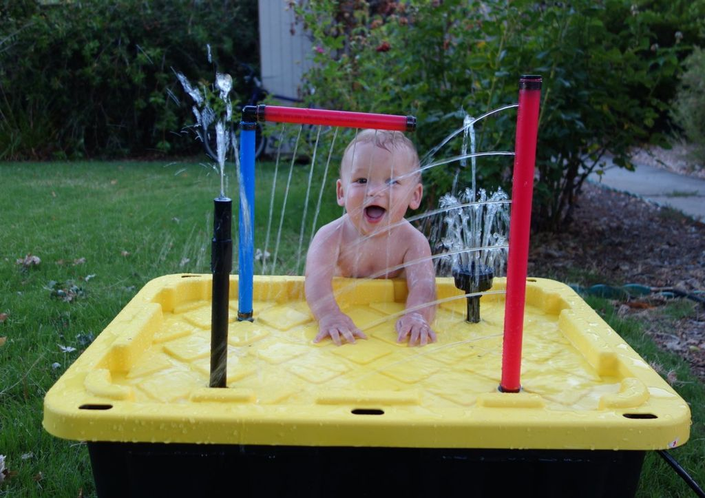 water table for the kids kid fun water tables kids water table diy water fountain. Black Bedroom Furniture Sets. Home Design Ideas