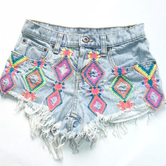 8f7bf5c86e LF CAR MAR NEON EMBROIDERED TRIBAL DENIM SHORT These are the cutest  distressed denim jean shorts