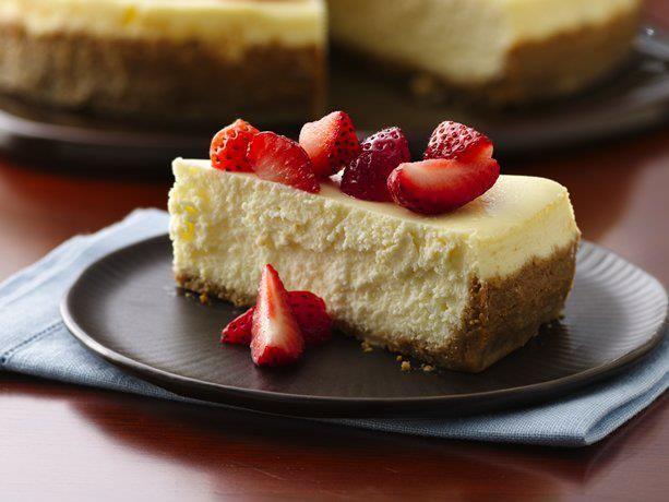 Divine Yogurt Cheesecake Recipe Food Cheesecake Recipes Greek Yogurt Cheesecake