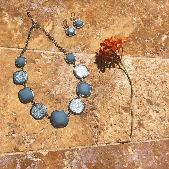CHARMING CHARLIE NECKLACE & EARRINGS EXCELLENT CONDITION!! Charming Charlie Jewelry