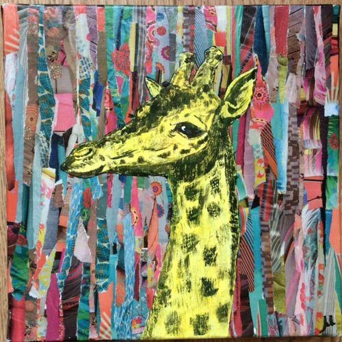Girafe jaune peinte à la main à la peinture acrylique sur un collage - repeindre du papier peint