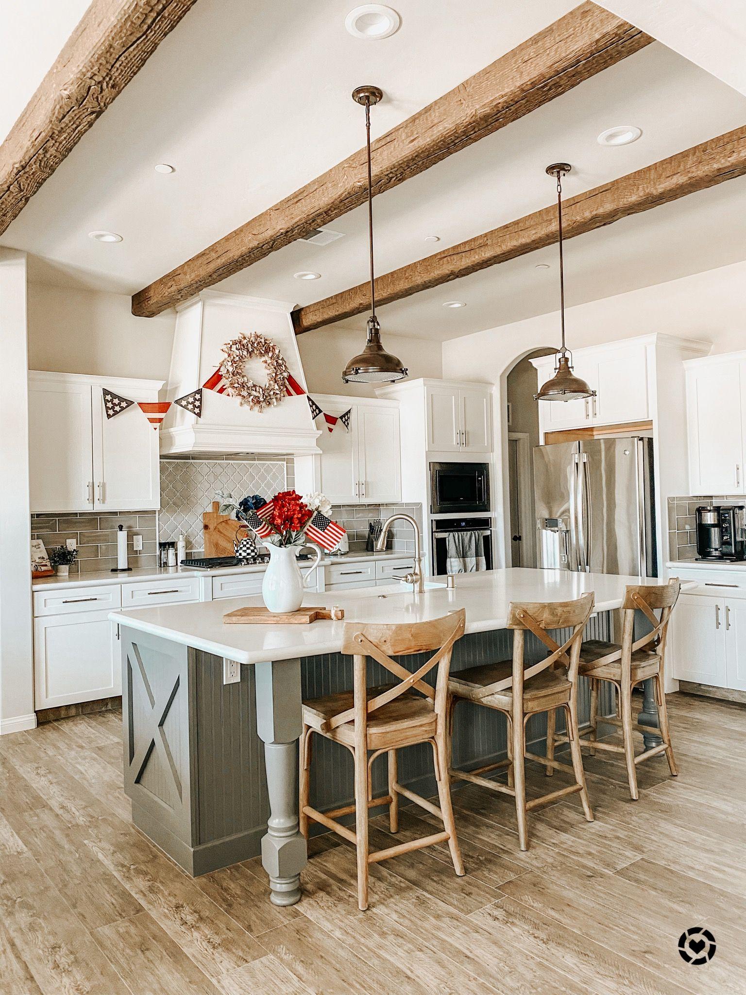 Farmhouse kitchen in 2020 modern kitchen kitchen