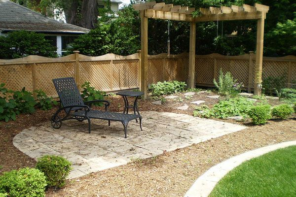 Backyard landscaping ideas on a budget backyard landscape for Landscaping ideas on a budget