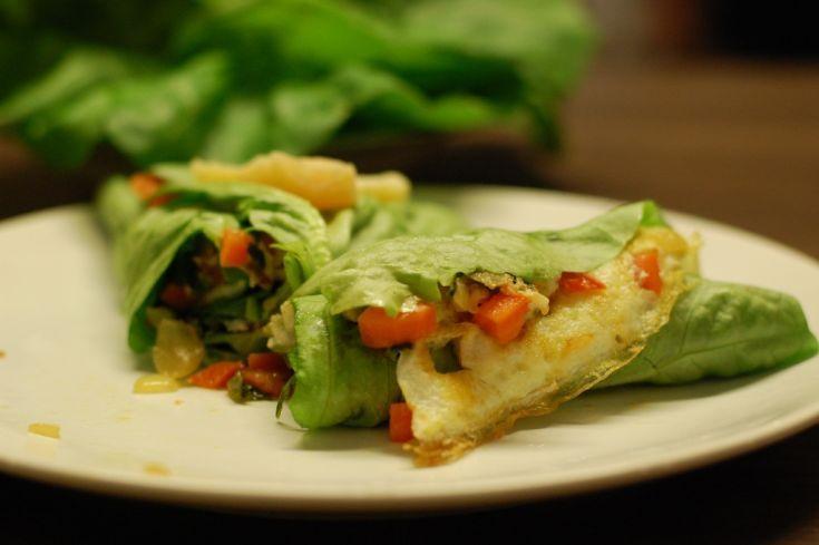 Fotorecept: Fitness omeleta v šalátovom liste