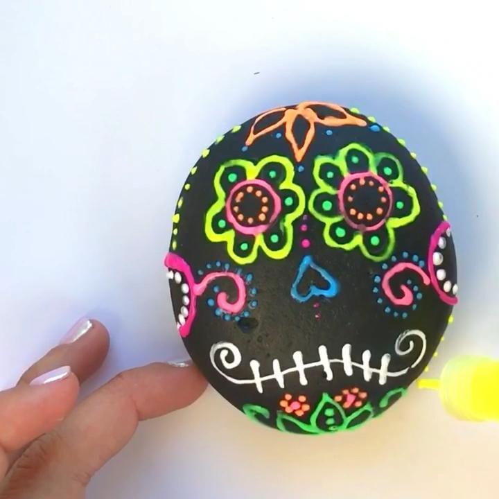 Sugar Skull Rocks Using Puffy Paint • Color Made H