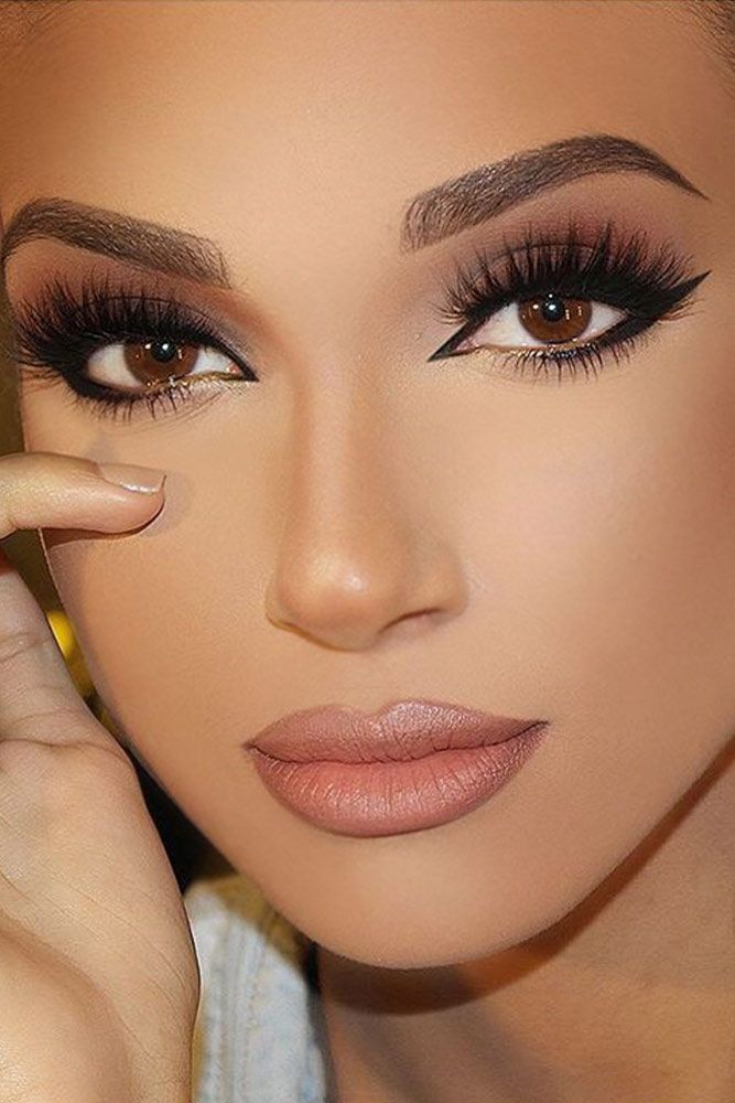 45 Perfect Cat Eye Makeup Ideas To Look Sexy Cristals Board
