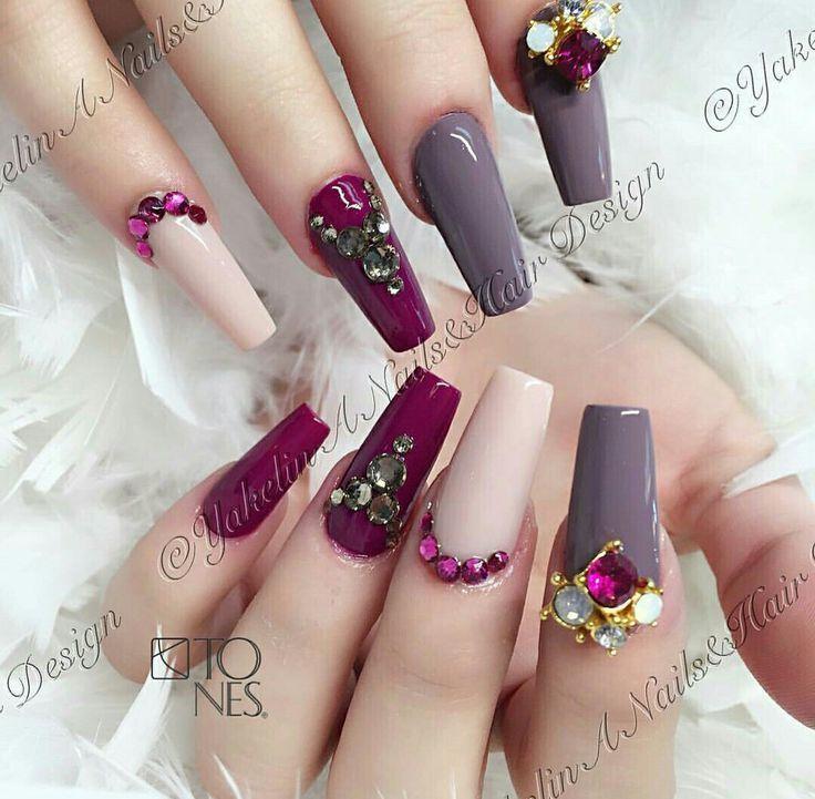beige - burgundy gray nail
